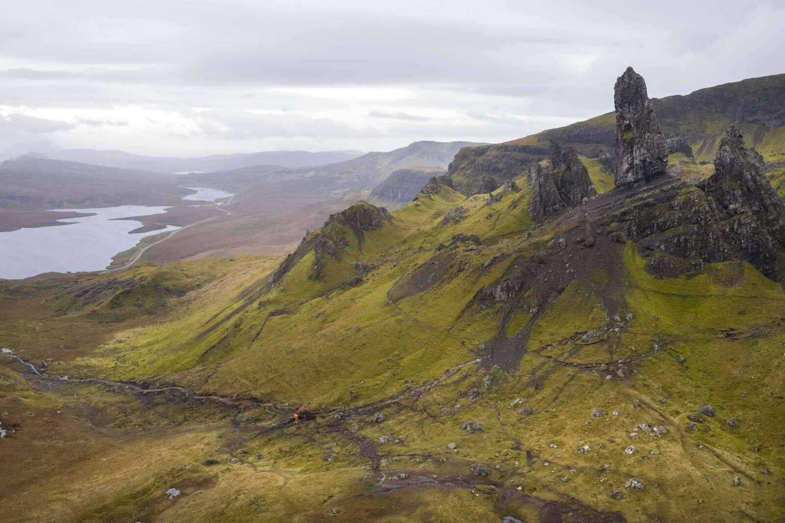 Old Man of Storr - Picture 1